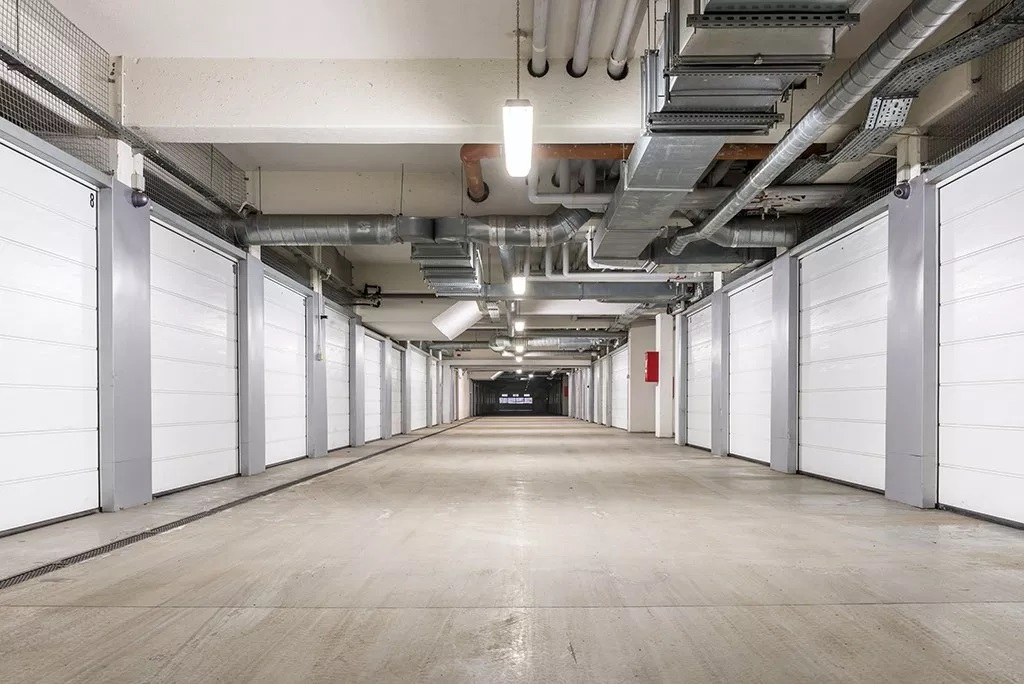 What You Must Know About Renting a Car Storage Facility